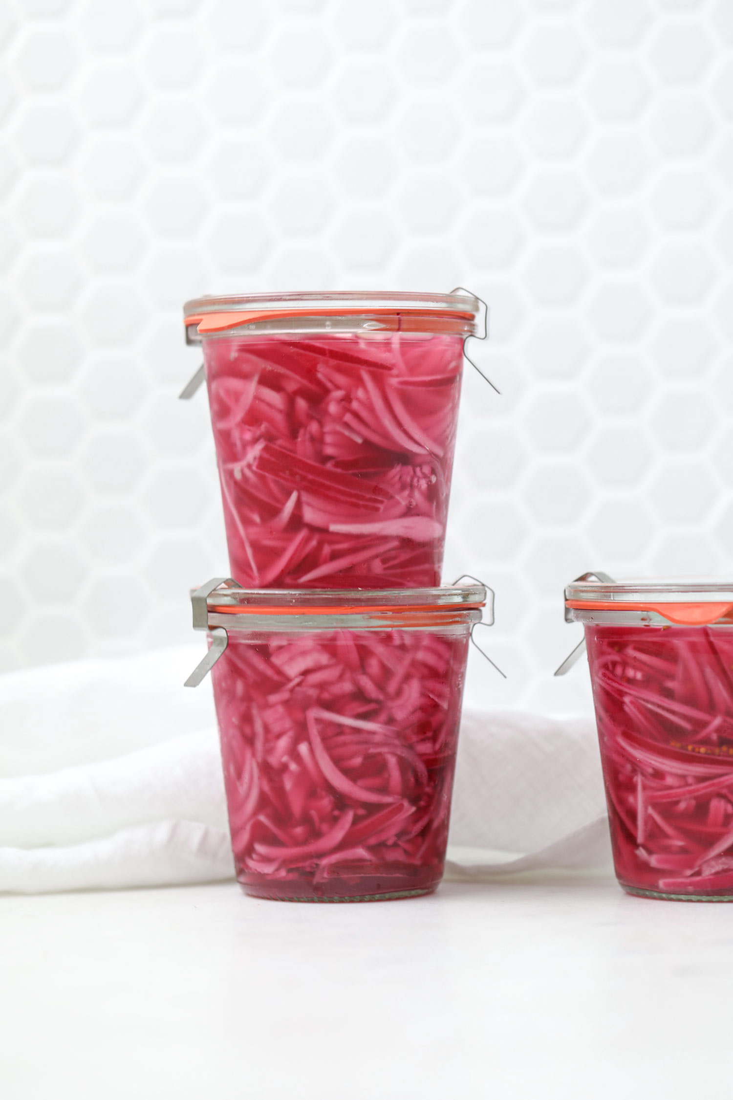 Quick Pickled onions by Bakd&Raw, Karolin Baitinger