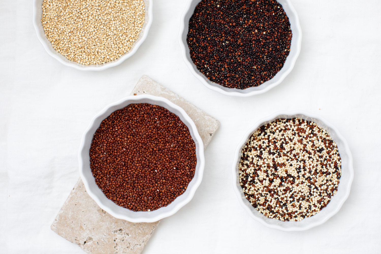 4 different types of quinoa: White, Black, red and mixed Quinoa