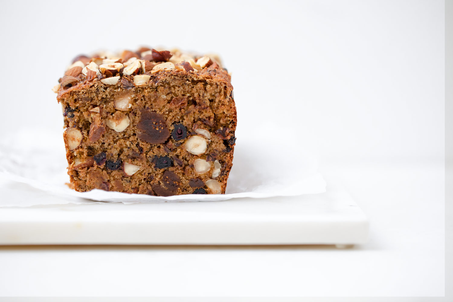 Früchtebrot loaded with nuts and dried fruits by Karolin Baitinger