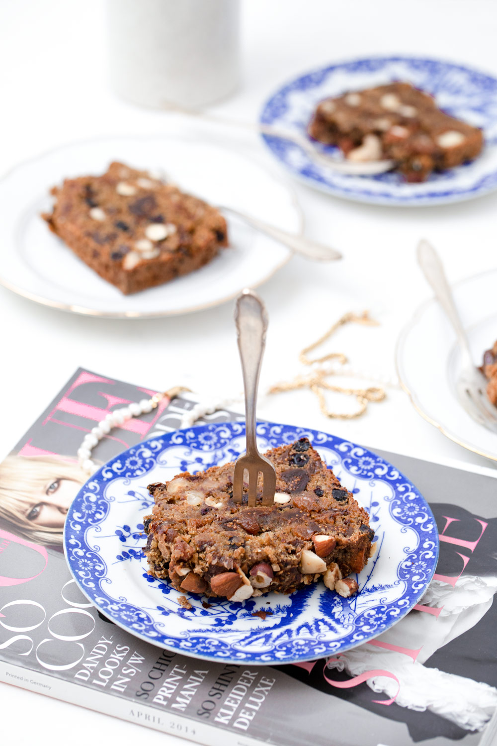 Healthy cake with nuts and seeds by Karolin Baitinger