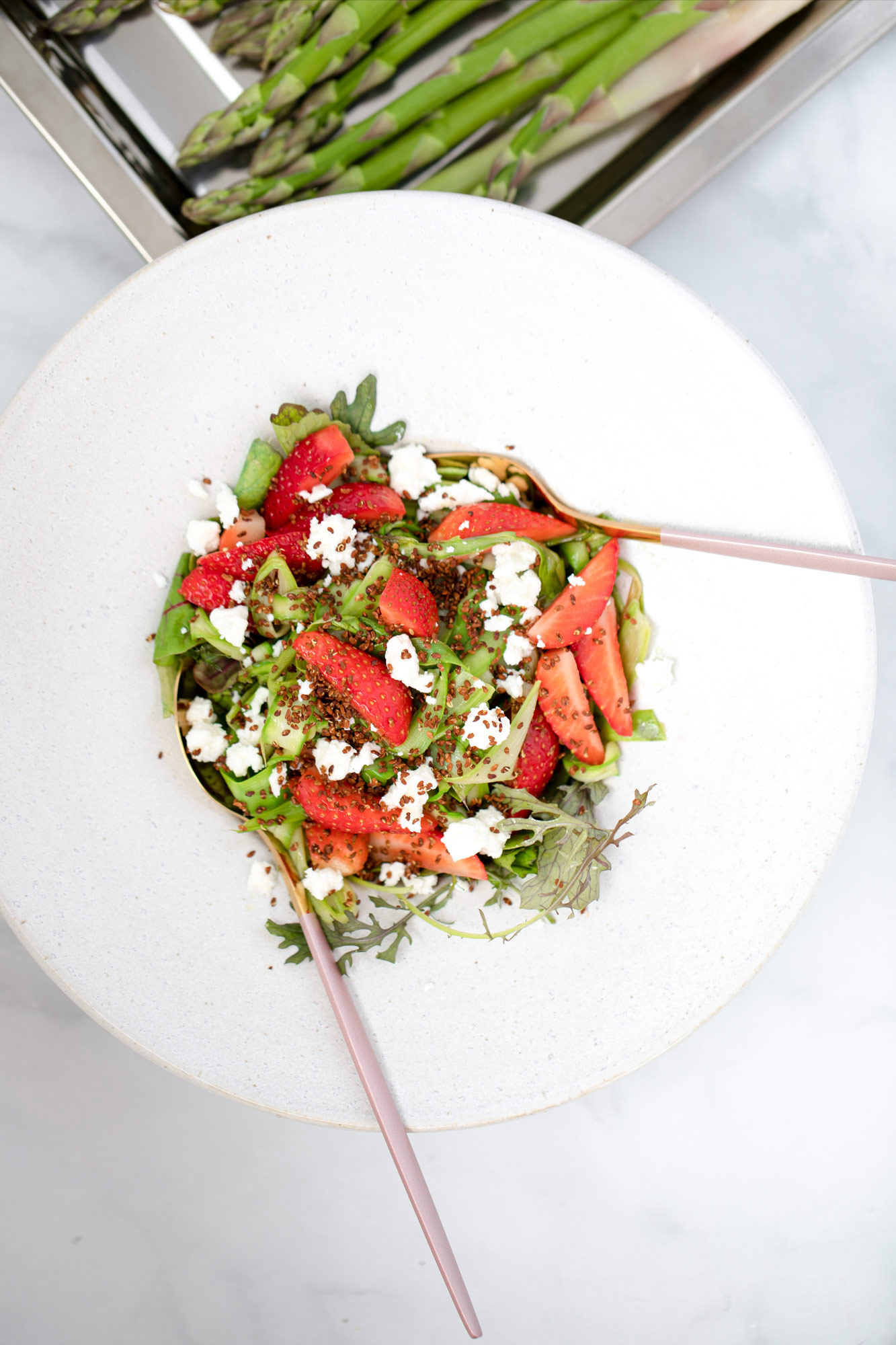 Roasted Asparagus-Strawberry Salad with sprouted alfalfa by Bakd&Raw